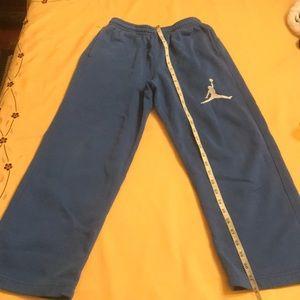 Boys (Blue) Jordan sweatpants size — 10/12